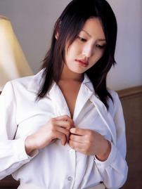 Takako Kitahara Gets Nude In Bed