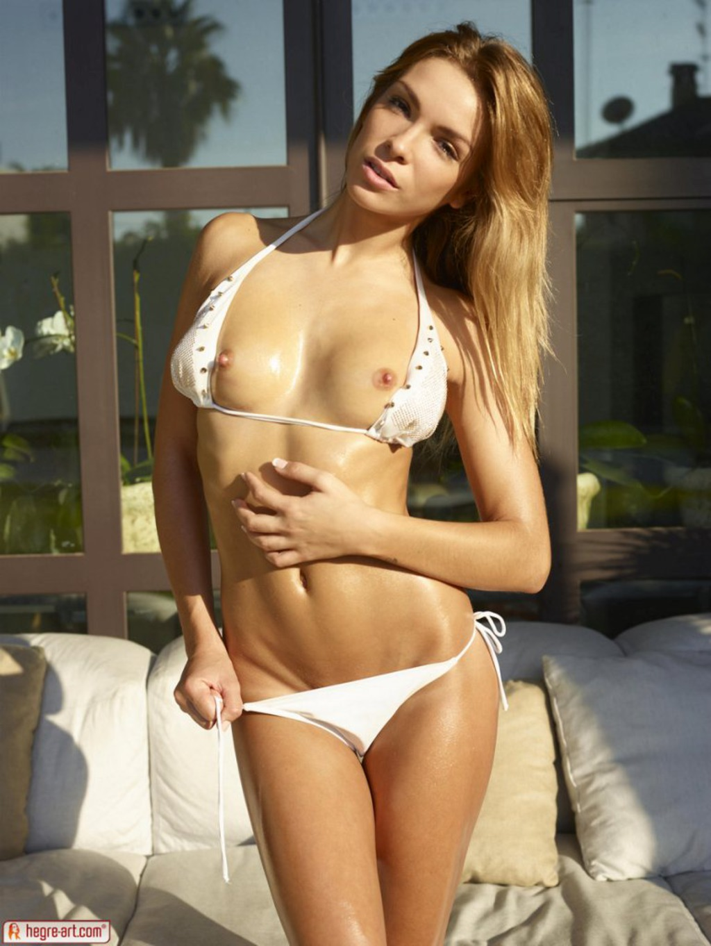 Amber In Sexy White Bikini 03