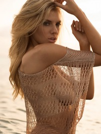 Blonde Babe Charlotte McKinney Shows Huge Cleavage