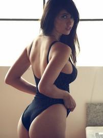 Sara Malakul Lane Showing Off Her Big Bare Boobs
