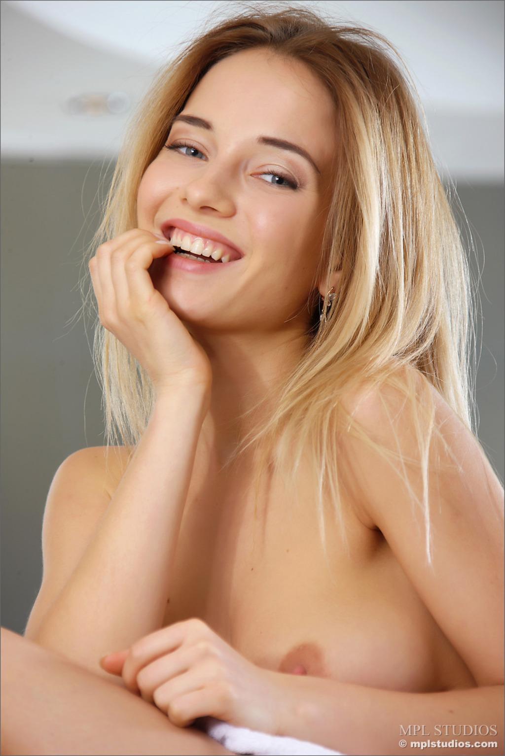 Danica - Make Me Happy 02