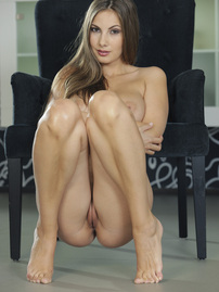 Connie Carter Posing Naked At Home