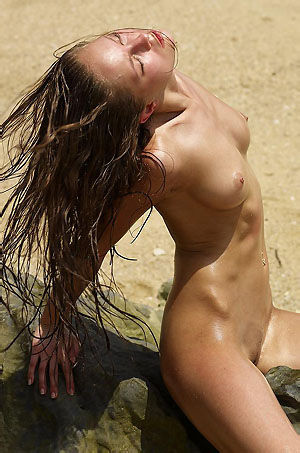 Krista Sexy Nude Girl By The Sea