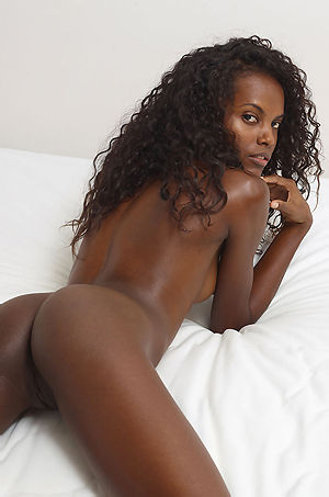 Valerie Sexy Ebony Babe