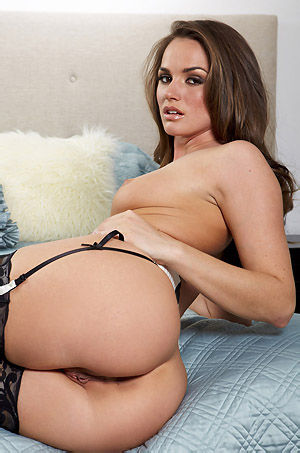 Tori Black Hot Babe In Sexy Lingerie