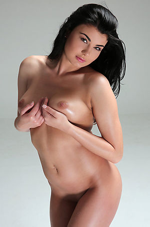 Lucy Naked Body