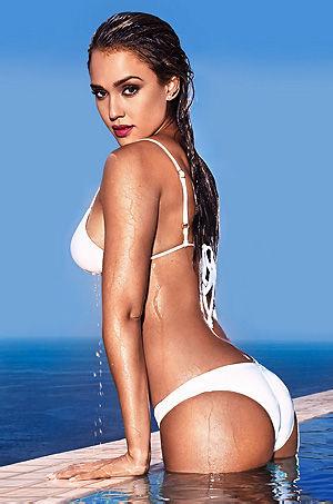 Jessica Alba In Sexy White Bikini