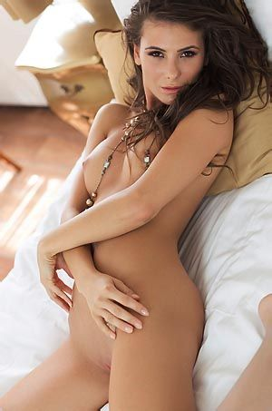 Cosmo Sexy Naked Playboy Amateur
