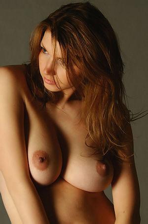 Busty Maria
