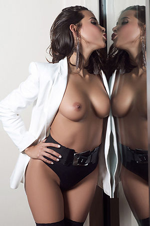 Exotic Glamour Marga Cifuentes