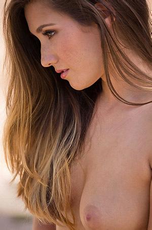 Eva Lovia Gets Nude Outside