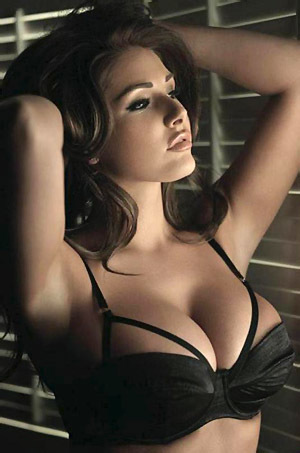 Beauty Lucy Pinder