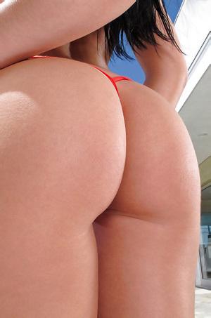 Rebeca Linares Gorgeous Ass