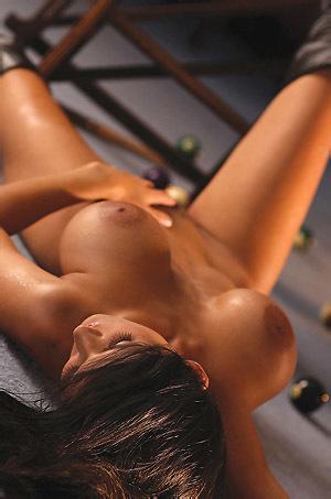 Mandy Michaels Undressing
