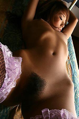 Gorgeous Yoko Yoshikawa