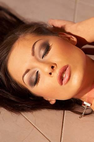 Smokin Hot Babe Eve