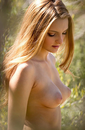 Kennedy Nash Nude Outdoors