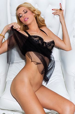 Kennedy Summers Playboy Babe