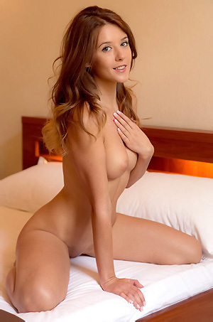 Naked Sexy Teen Sybil