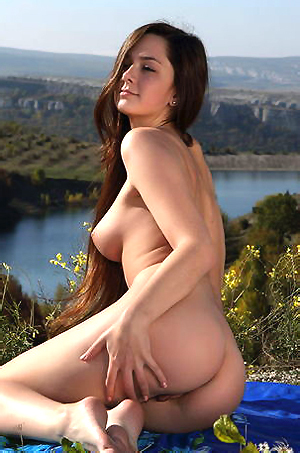 Naked Sexy Eva