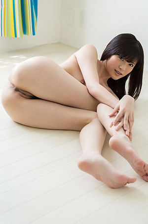 Sara Yurikawa Hot Asian Girl