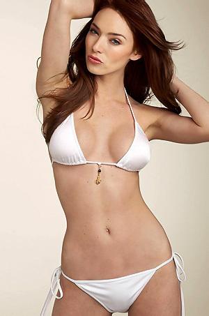 Cassi Colvin In Sexy Bikini