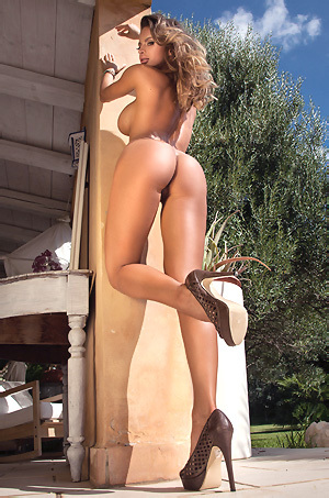 Dana Takes Off Her Bikini