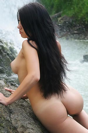Svelin Nude By The Waterfall