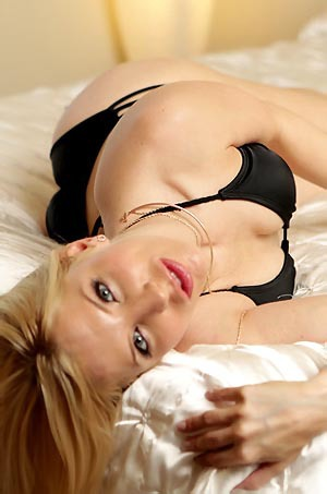 Horny Blonde Ashley Posing In Bed