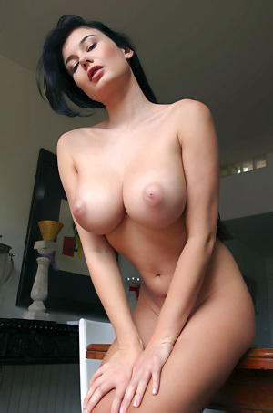 Lucy Li Shows Her Big Boobs