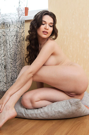 Serena Wood Nude At Home