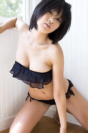 Asami Tada In Sexy Black Lingerie