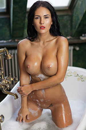 Wet And Busty Kendra