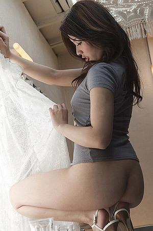 Gorgeous Japanese Babe Rinka Aiuch