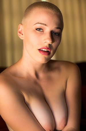 Short Haired Whore Riley Nixon Spreads Her Twat