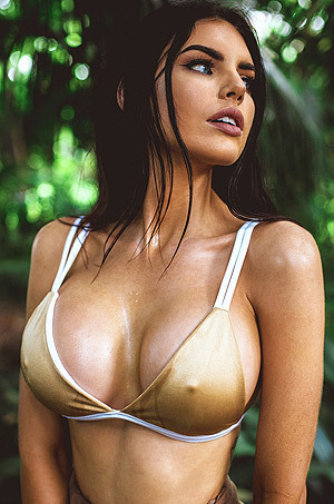 Nicole Thorne Busty Australian Beauty