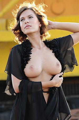 Gorgeous Busty Brunette Suzanna