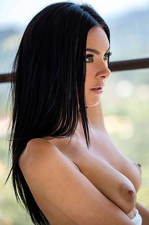 Marley Brinx Gets Naked
