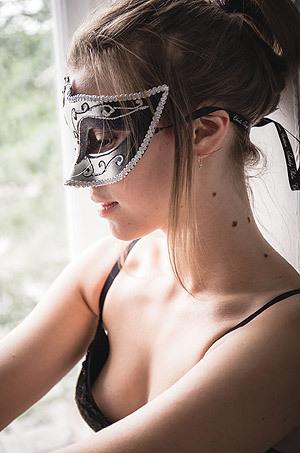 Horny Russian Girl Mia Luna