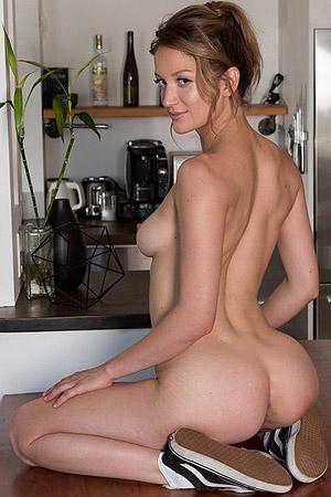 Dakota Burd