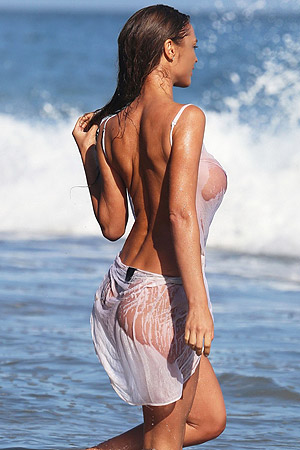 Charlie Riina Shows Off Her Big Boobs On Beach