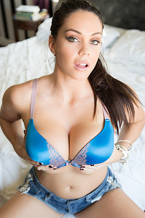 Gorgeous Busty Alison Tyler