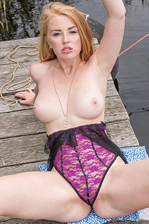 Hot Sexy Helene Is In A Flirty Mood